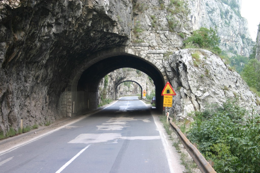 strassen-serbien